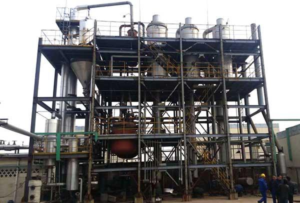 某化(hua)工廠含鹽有機廢水濃縮三效逆流強制(zhi)循(xun)環多效蒸發(fa)器