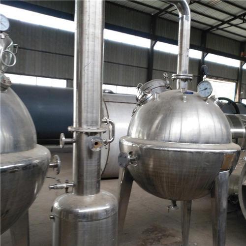 降膜蒸發(fa)器的應用(yong)廣泛